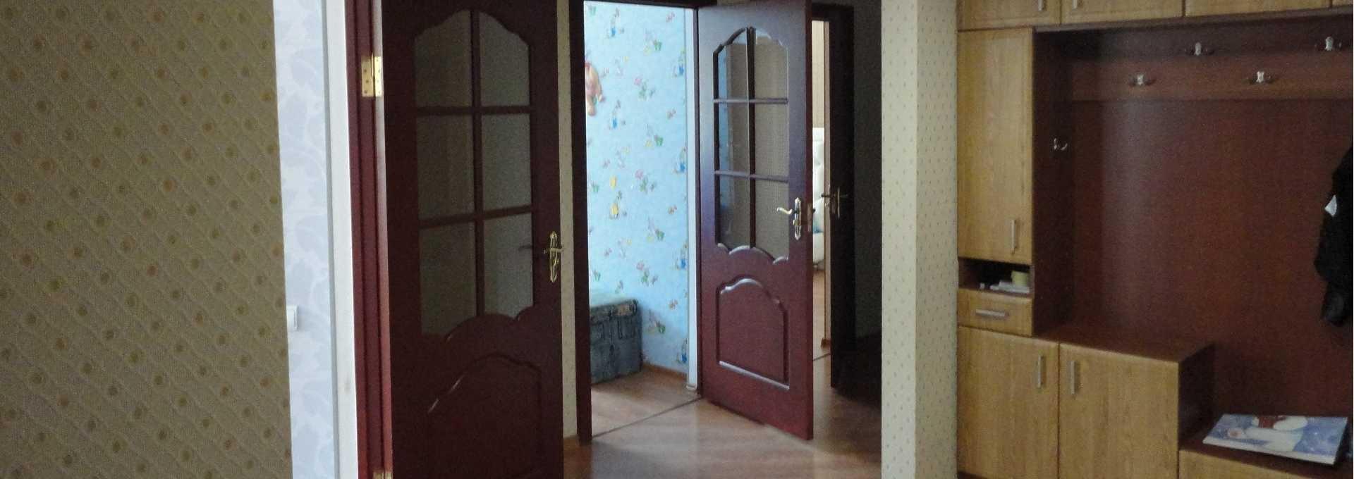Реставрація дерев'яних дверей